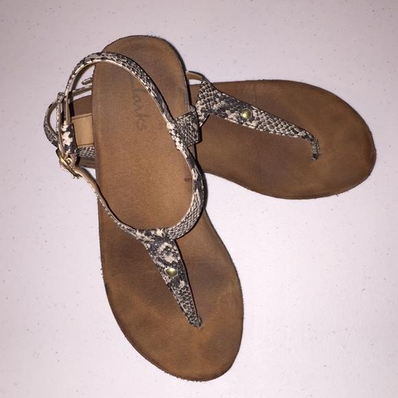 Almost New Clark Thong Sandals | Poshmark